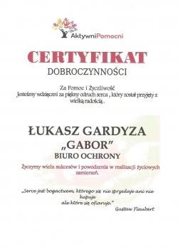 certyfikat dobroczynności, Łukasz Gardyza